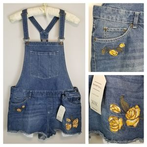 NWT Bluenotes XL Denim Overall Jean Shorts Floral